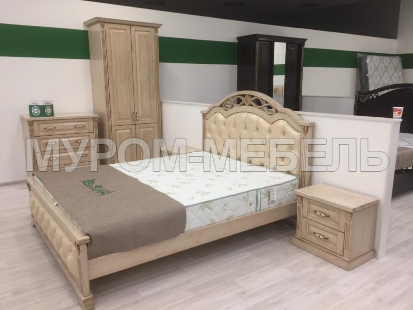 Здесь изображено Спальный гарнитур Камила