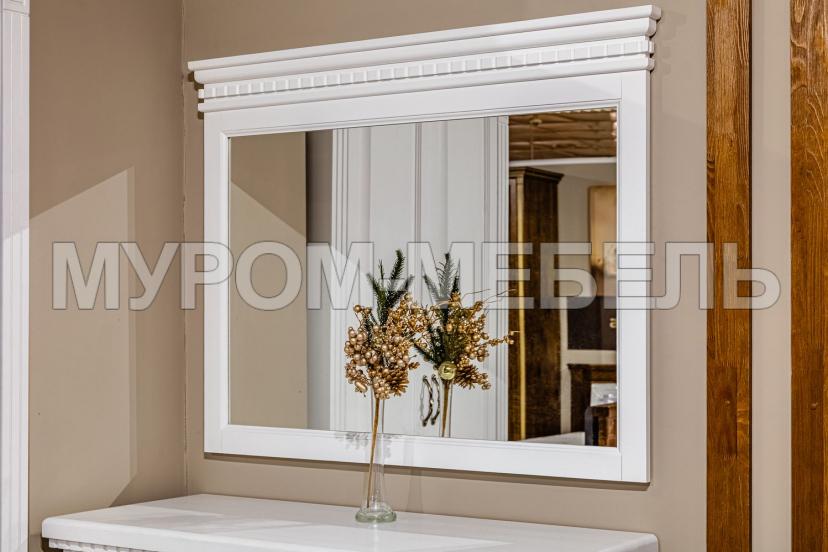 Здесь изображено Зеркало к комоду из серии