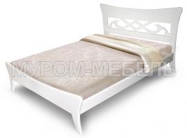 Здесь изображено Кровать Сильва из массива